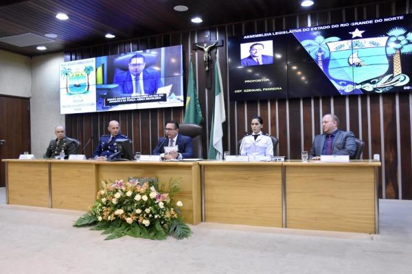 Militares das três Forças comparecem à sessão solene na Assembleia Legislativa do RN