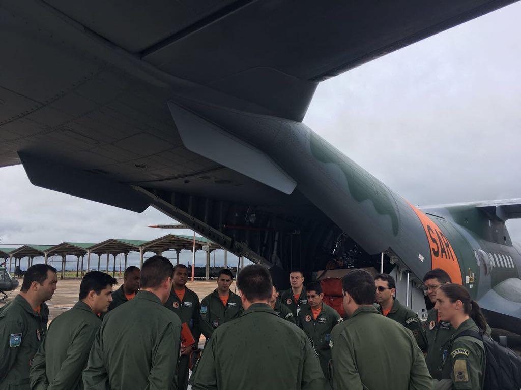 Aeronaves SC-105 Amazonas SAR e P-3AM Orion serão empregadas nas buscas