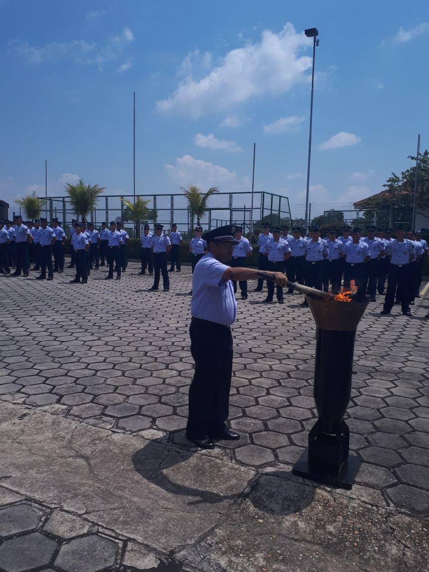 Incineração da Bandeira na Ala 8, em Manaus