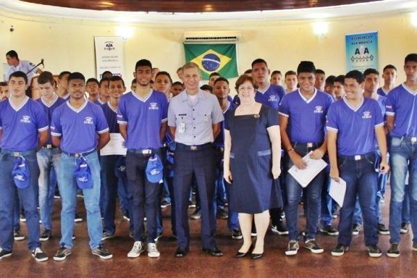 Este ano foram formados 46 adolescentes em cursos de iniciação profissional