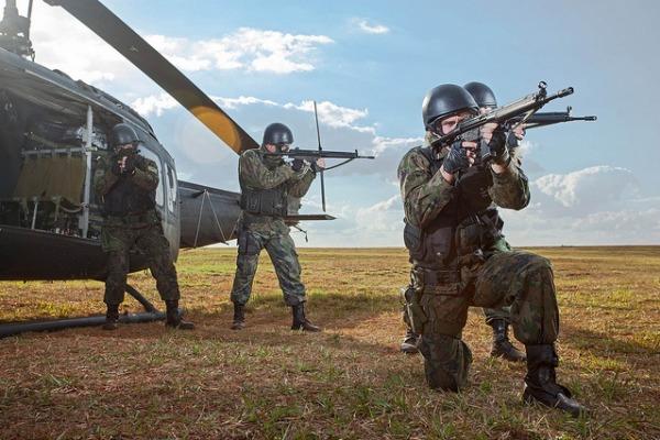 É possível conhecer mais do trabalho dos militares de Infantaria da FAB
