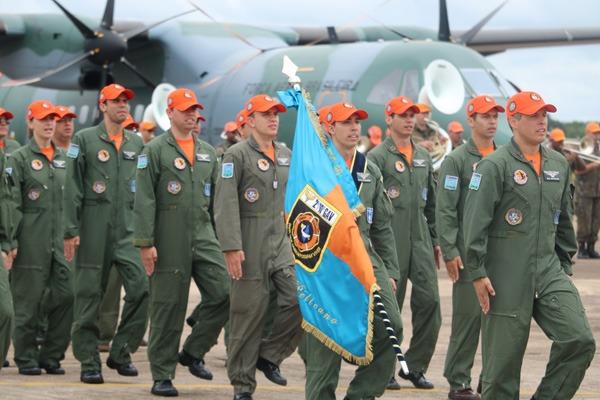 Durante a cerimônia foram entregues os títulos de Homem-SAR, Destaque Operacional, Pelicano Honorário, Graduado e Praça Padrão