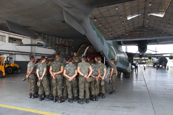Cadetes participaram de visita de estudos à Amazônia