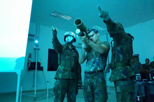 Os cadetes também conheceram as unidades de infantaria da FAB na região