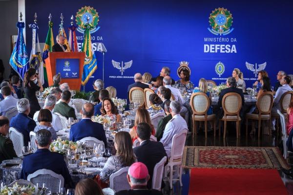 Almoço com Ministério da Defesa e Forças Armadas ocorre anualmente