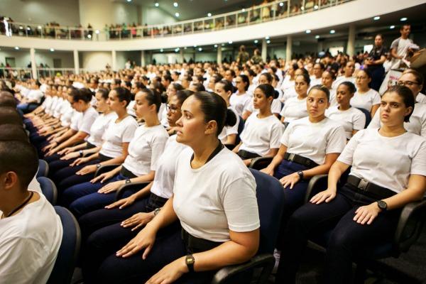 Mais de 400 novos alunos iniciam seus estudos na EEAR