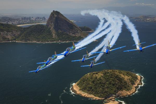 A previsão é realizar shows aéreos no Sul do Brasil e em dois países da América do Sul