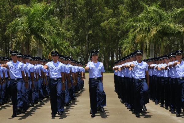 Abertas inscrições para a formação de Oficiais Aviadores, Intendentes e de Infantaria