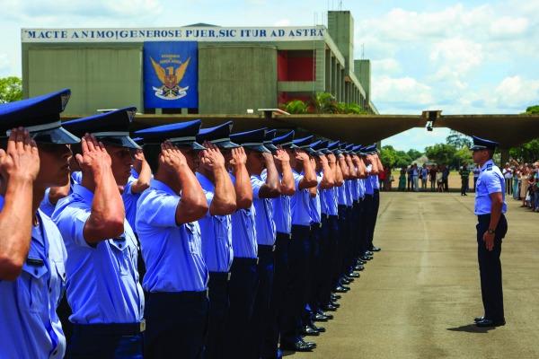 Jornal traz relatos de Cadetes aviadores, infantes e intendentes do Ninho das Águias