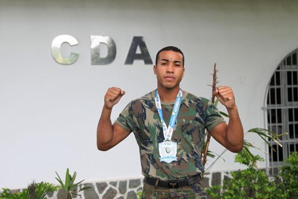 Soldado conquista medalha de 2° lugar na Taça Guanabara