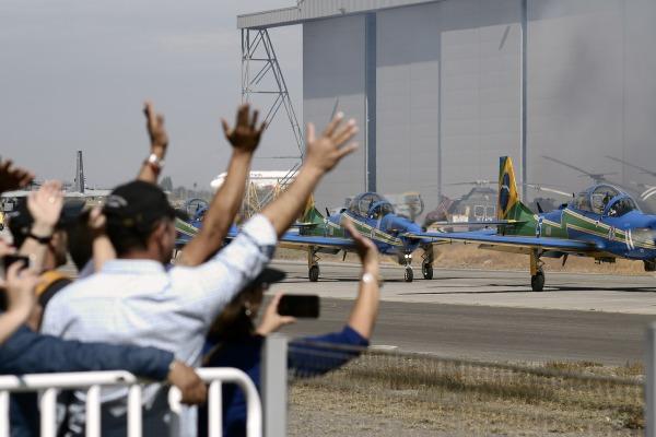 A agenda do esquadrão continua com apresentações na Argentina