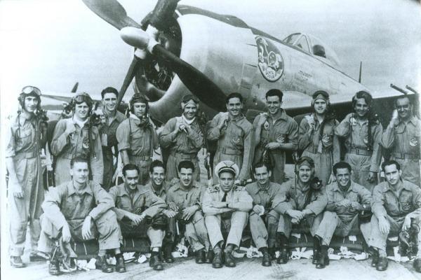 Pilotos do 1º GVCA durante a Segunda Guerra