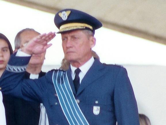 Tenente-Brigadeiro Bräuer foi o último Ministro da Aeronáutica