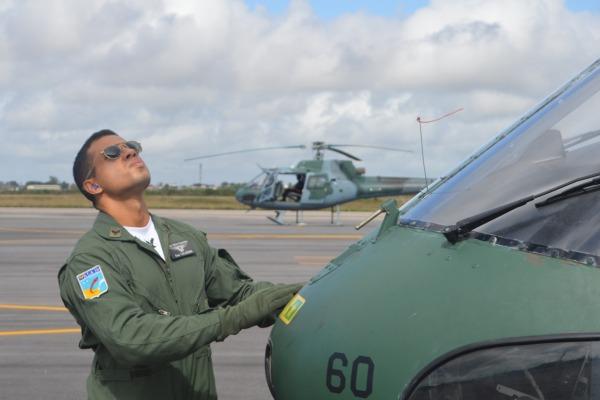 Curso é composto por 20 estagiários, que serão distribuídos pelos esquadrões aéreos que operam helicópteros