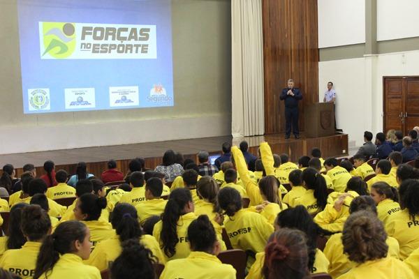 Este ano, o programa vai atender 100 estudantes de 10 a 14 anos da Rede Municipal de Ensino