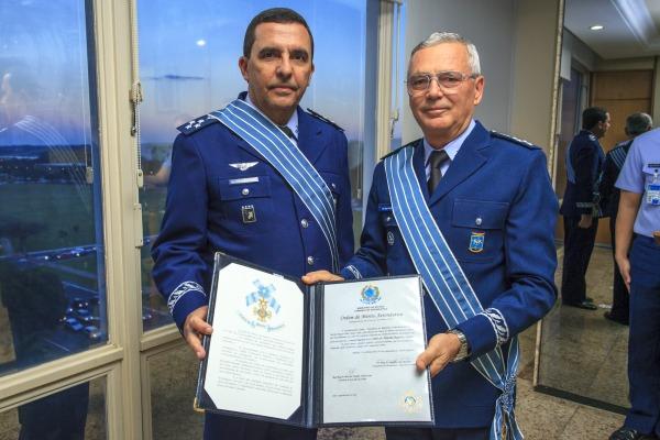 O Oficial-General já ocupou diversos cargos importantes na FAB