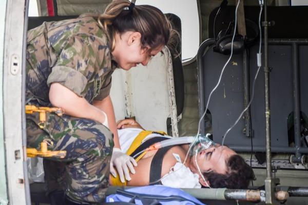 Um homem que havia sofrido acidente de moto e uma gestante estavam no Arquipélago de Fernando de Noronha