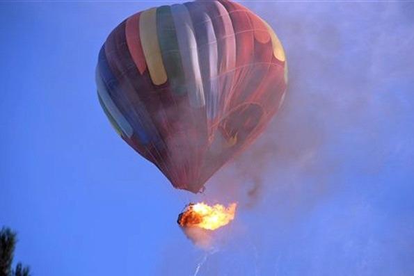 Encontro traz riscos a todos os envolvidos: passageiros, tripulação e pessoas em solo