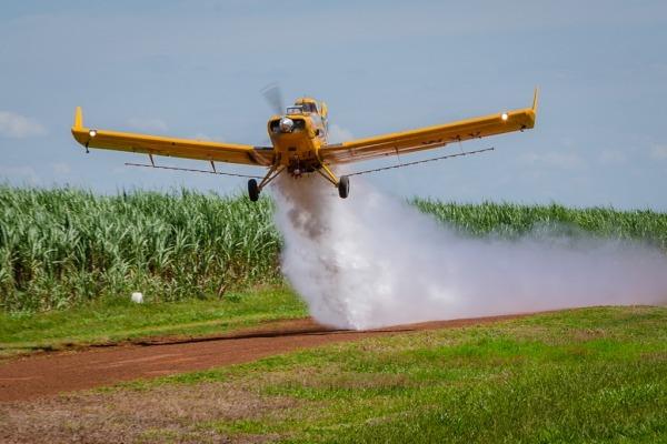 Programação prevê temas como aspectos médicos e psicológicos, gerenciamento do risco e manutenção de aeronaves