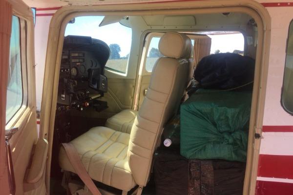 Aeronave vinda da Bolívia foi interceptada com 300 kg de droga ilícita