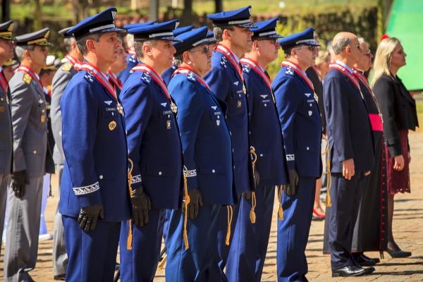 Oficiais-generais da FAB foram agraciados com Ordem do Mérito Naval