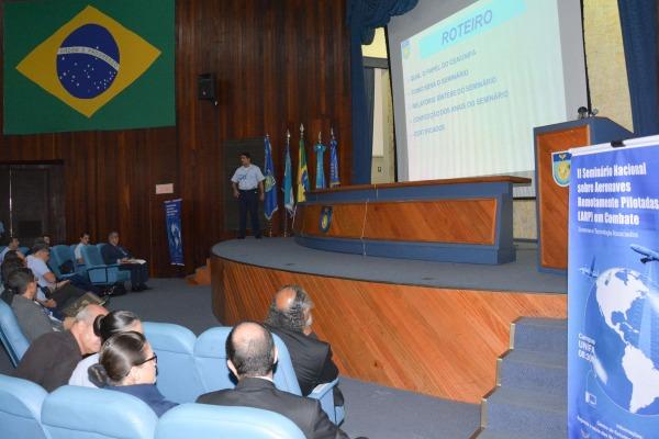 Evento contou com oito palestras e oito apresentações de trabalhos científicos