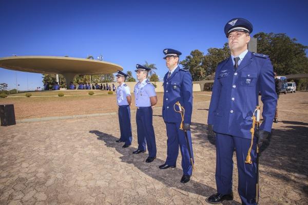 Militares homenageados na cerimônia