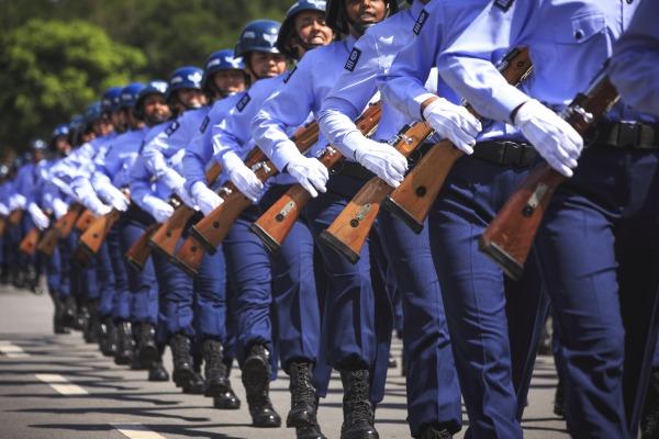 Jornal traz relatos de atuais alunos da Escola de Especialistas da Aeronáutica
