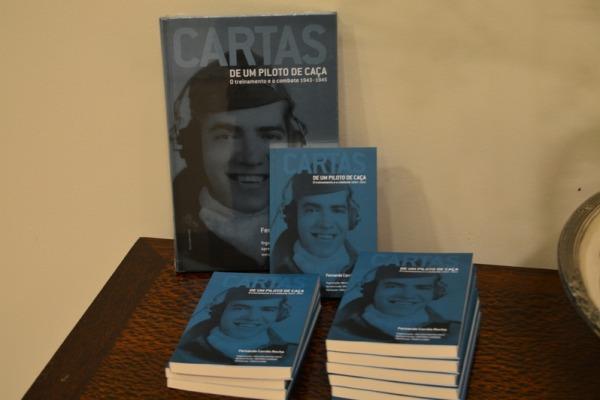 Livro documenta a visão viva do aprendizado e das ações da guerra, por meio das cartas de um piloto dirigidas aos familiares
