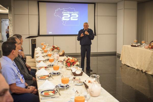 Tenente-Brigadeiro Rossato reuniu-se com deputados e senadores para falar sobre Comissão de Aeroportos da Região Amazônica