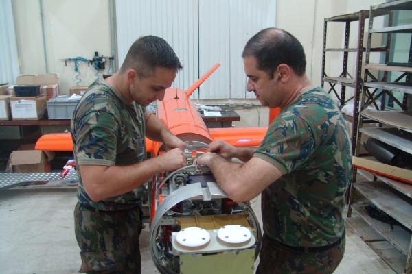 VANT é utilizado utilizado no treinamento de armamento de emprego militar