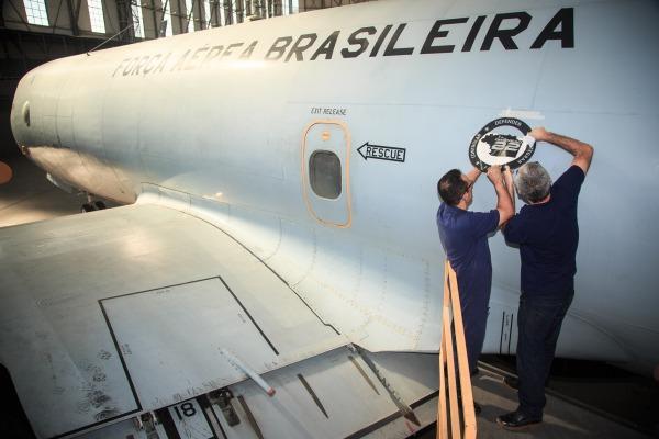 Primeiros selos foram fixados em unidades aéreas da Ala 12, no Rio de Janeiro