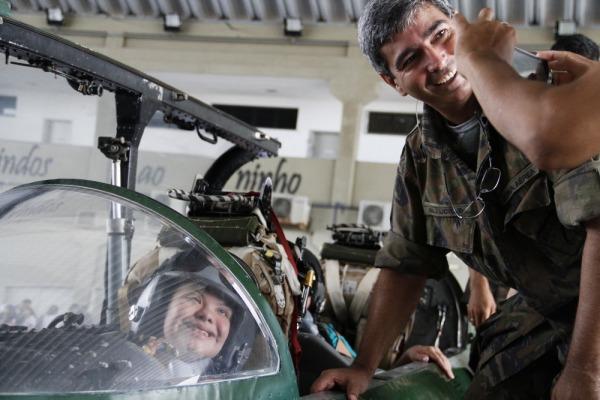 Atividade apresentou aeronaves e promoveu interação com militares