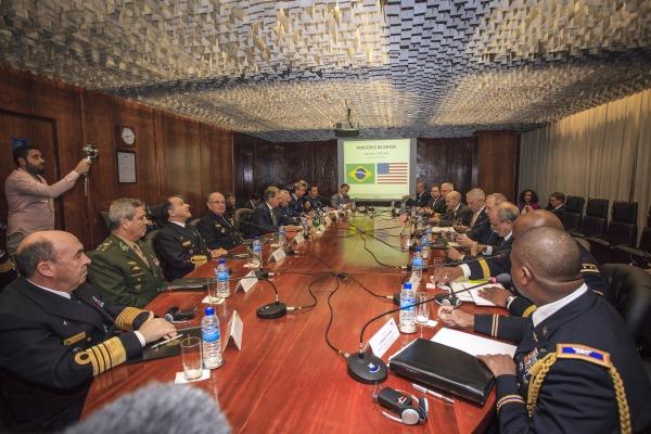 Compromisso prevê contribuição em segurança de voos espaciais e informações sobre Consciência Situacional Espacial