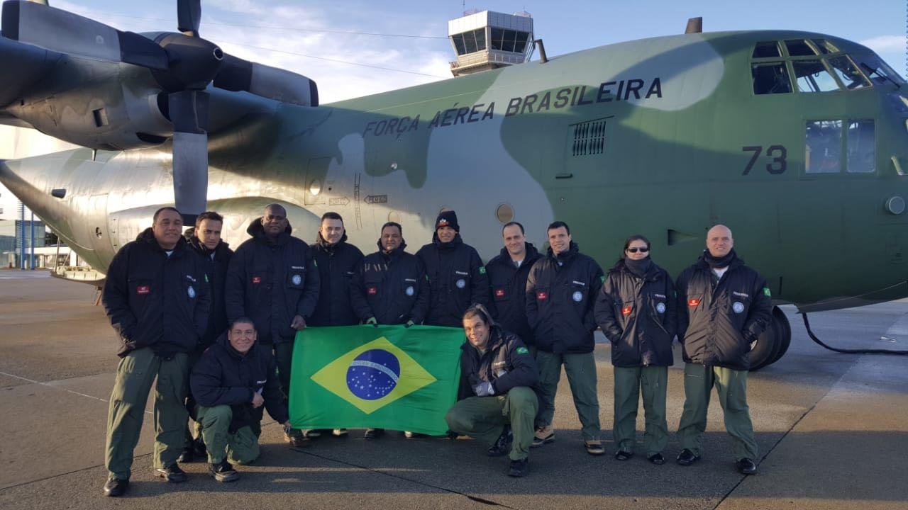 Tripulação do Esquadrão Gordo em missão na Antártica