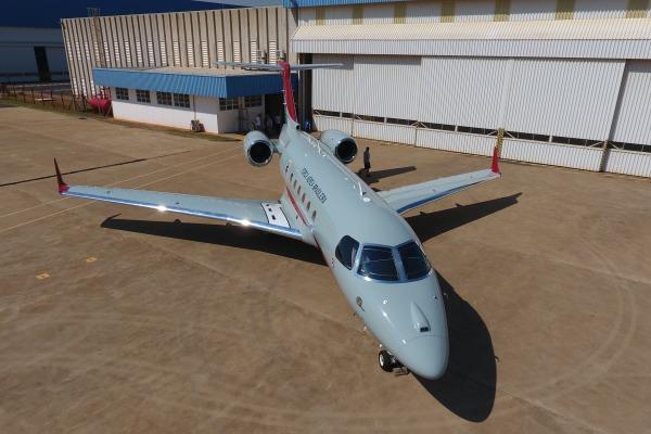 Legacy 500 possui novos recursos de navegação, comunicação e vigilância aérea