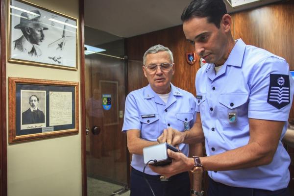 Documento possui diversos itens de segurança que dificultam falsificação