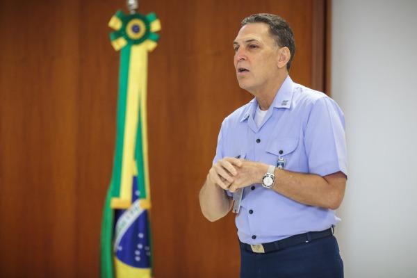 Comandante do COMAE realiza abertura do COMAEX
