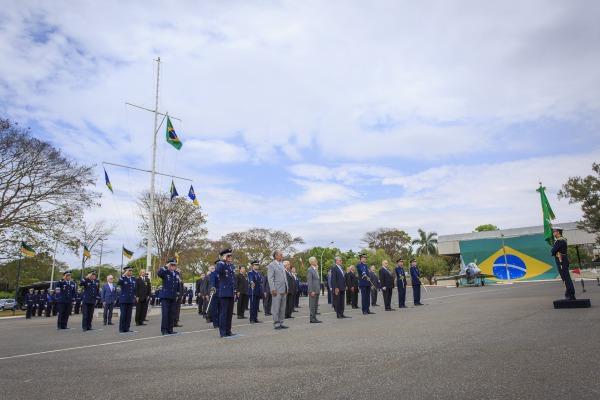 Medalha Eduardo Gomes foi concedida a 55 militares