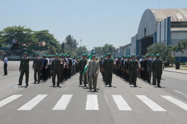O desfile militar teve todos os integrantes do Esquadrão presentes