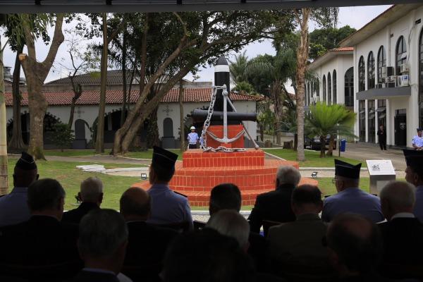"""A escultura da """"Gênese do COMAER"""" esteve presente nos primórdios da Instituição e agora volta a ser exibida"""