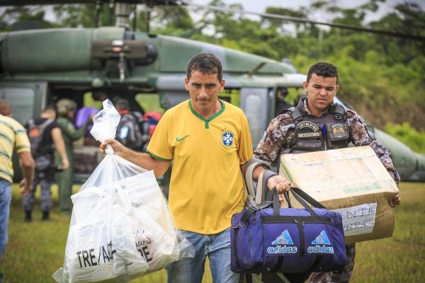Diversos esquadrões da FAB atuam no apoio às eleições em todo o território nacional