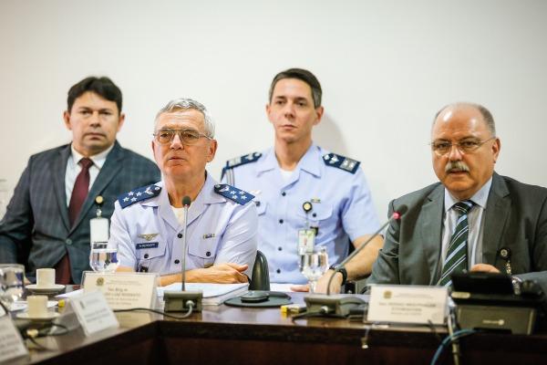 Comandante da FAB participou da reunião