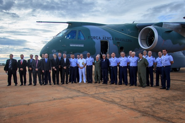 O voo foi realizado nesta segunda-feira (22/10), em Brasília
