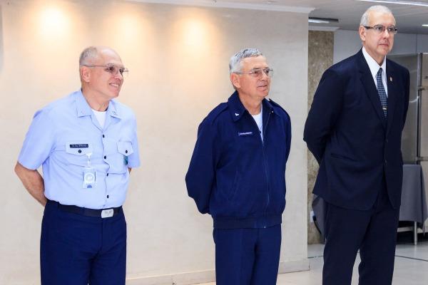 Em discurso, o Comandante do COMGEP destacou a importância do trabalho que o servidor civil desenvolve nas Organizações Militares da FAB