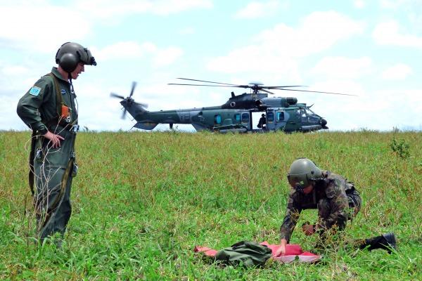 Já o DECEA coordena o Exercício Operacional de Busca e Salvamento Aeronáutico