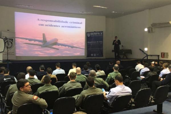 Os eventos tiveram como foco a segurança de voo na instrução aérea e na aviação de helicóptero