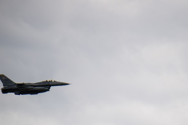 Caça F-16, dos Estados Unidos
