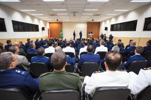 Major-Brigadeiro Mangrich assume Comando de Operações Aeroespaciais