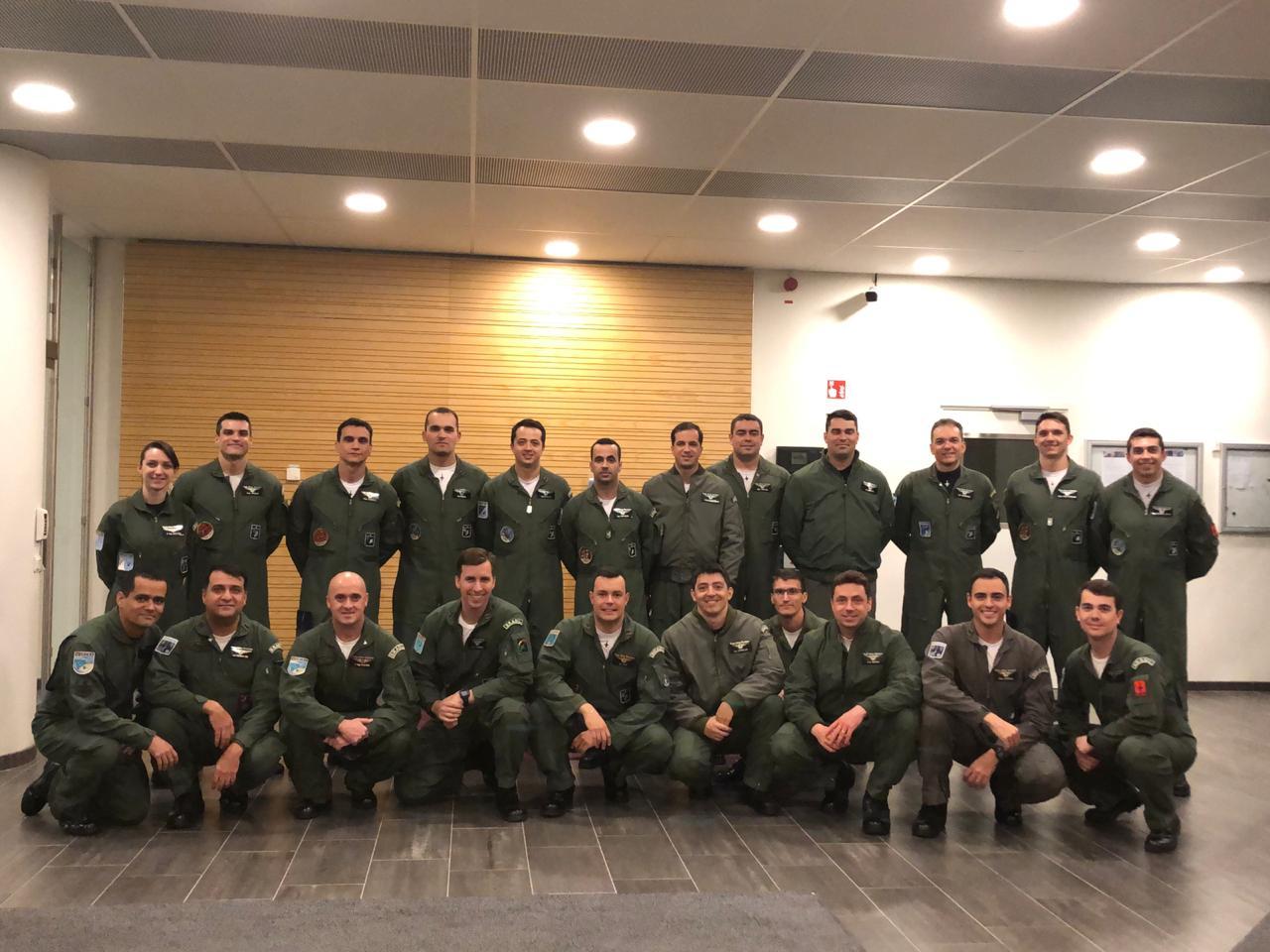 Reunião, exercício, intercâmbio e treinamentos na Hungria, Suécia e Tailândia capacitam militares da Força Aérea para implantação e operação do Gripen NG